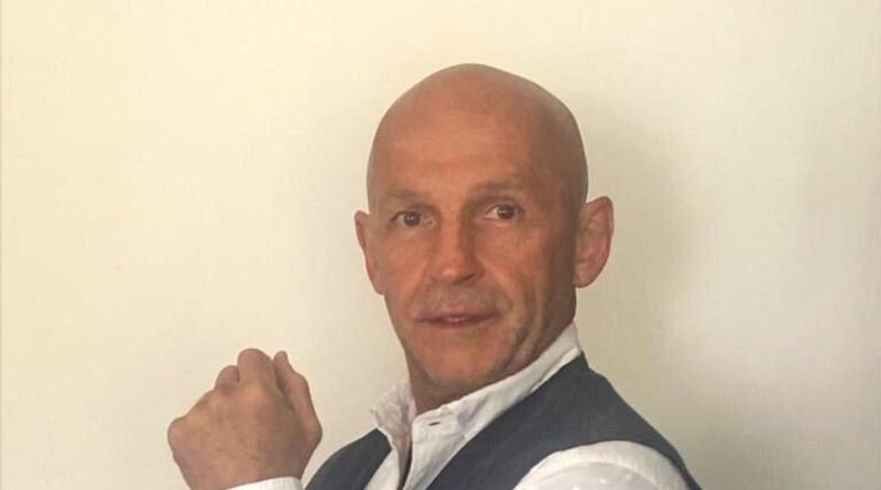 Carlos Ortíz B