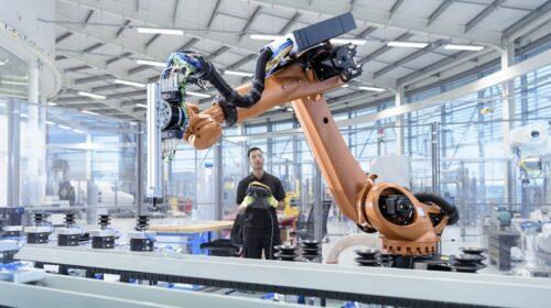 Lumada_IoT_Industrial_MD