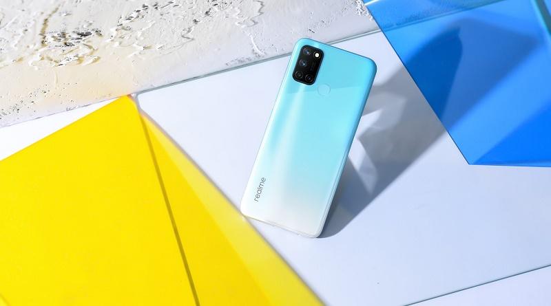 realme 7i smartphone